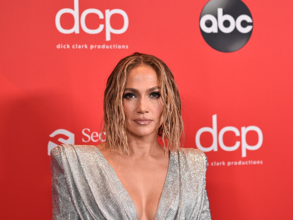Watch Jennifer Lopez's Nearly Naked AMAs Performance 2020 Marry Me – SheKnows