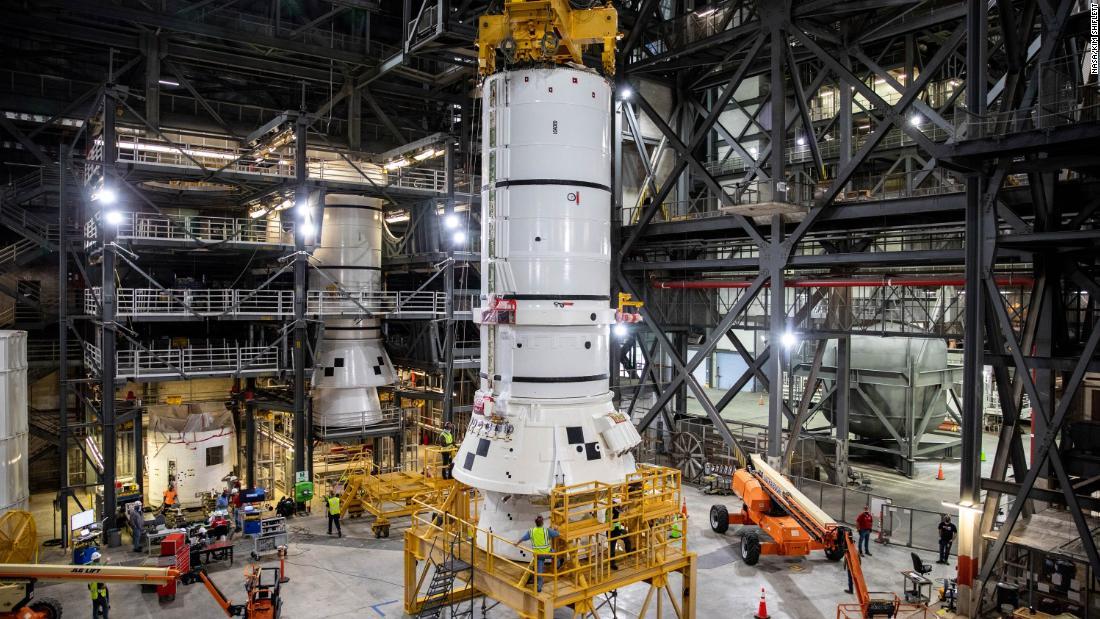NASA begins assembling the rocket for the Artemis moon mission