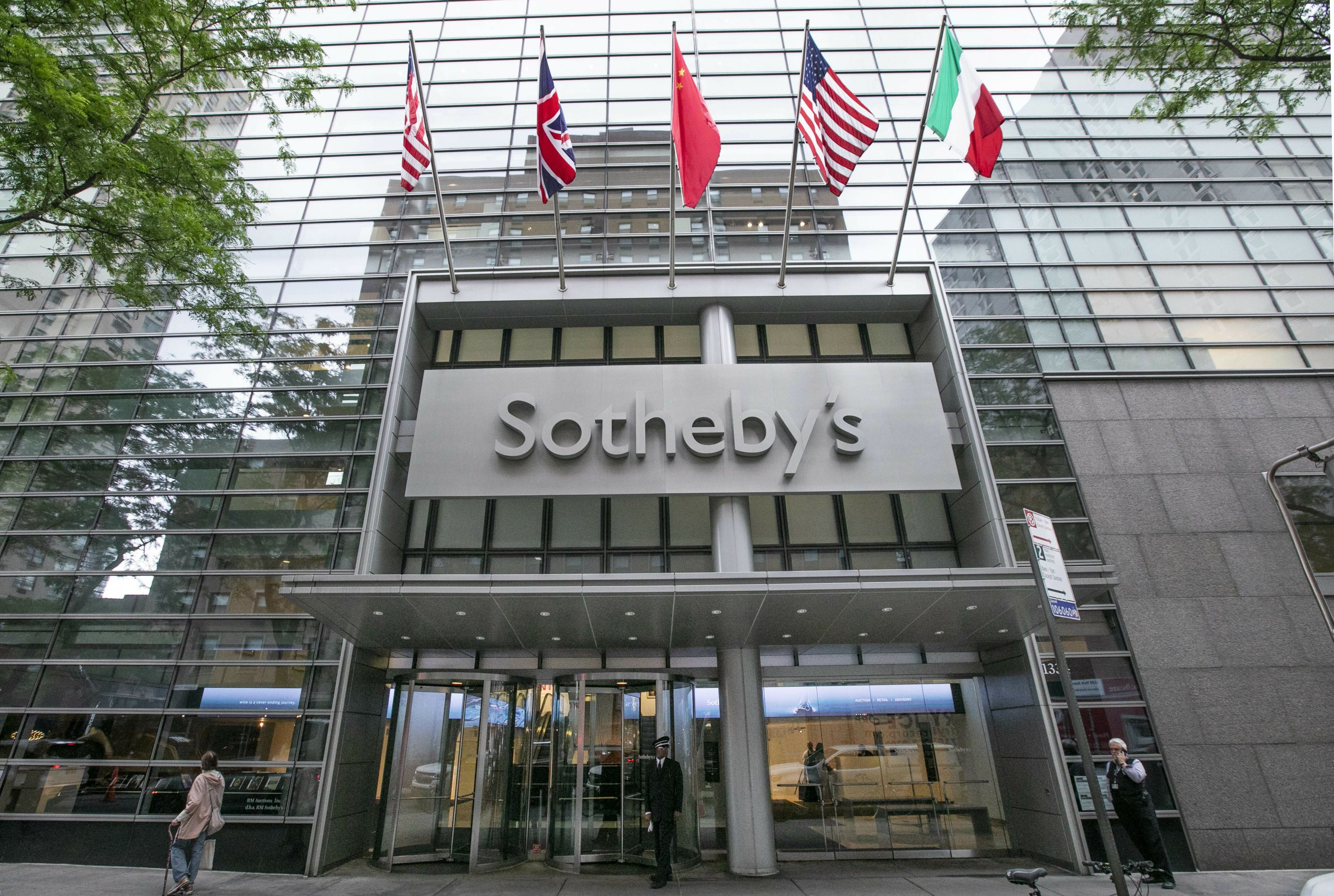 New York: Sotheby's helped wealthy art lovers avoid taxes