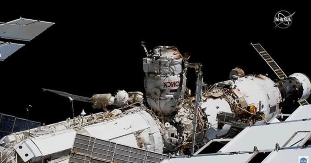 The Russian space walk aims to prepare the International Space Station for a new unit