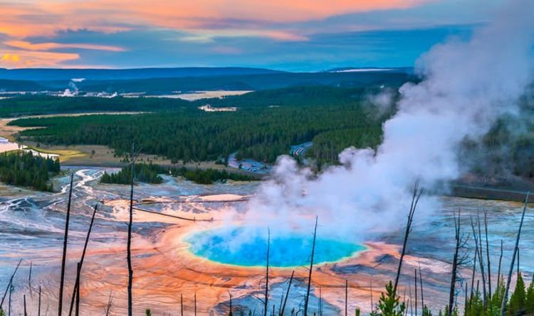 """Yellowstone Volcano: """"largest disaster ever"""" warning with """"rising magma marker"""" 