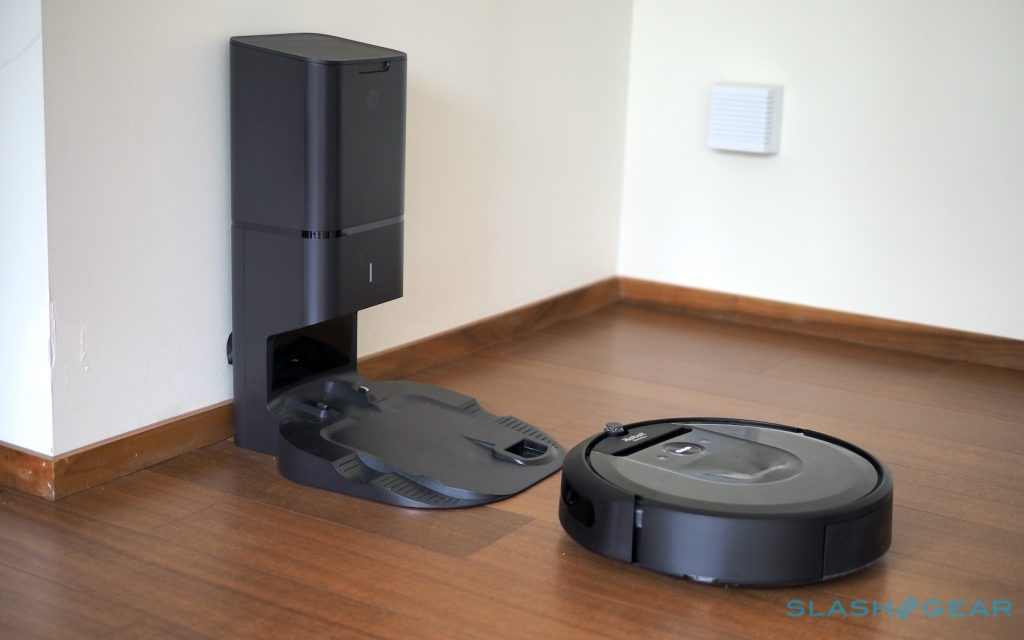 """iRobot Warns that Roomba's Automatically Emptying Dock May """"Pose a Danger"""""""