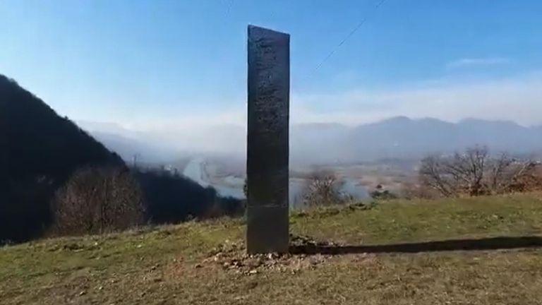 Monolith appeared in Romania.  Pic: Ziar Piatra Neamt