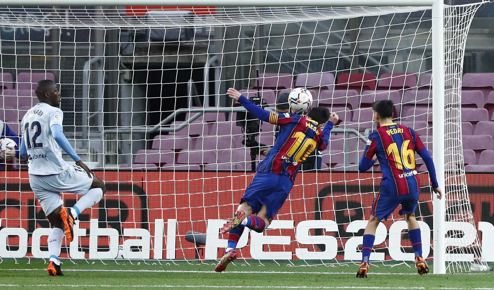 Messi equals 643 goals for Pele with Barcelona for Valencia