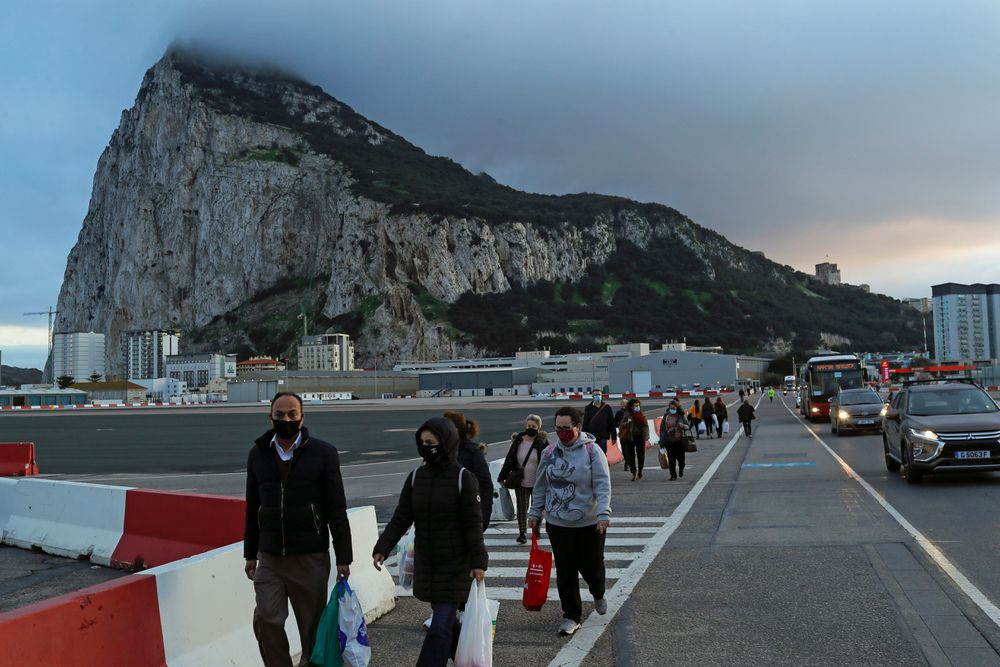 Gibraltar will have a passenger border with the United Kingdom, not with Spain  Spain