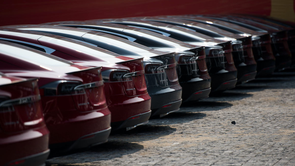Tesla shuts down production of the Model S and Model X for 18 days