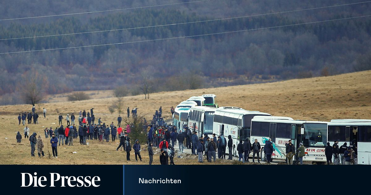 The evacuation from the Bosnian refugee camp in Lyba has been canceled