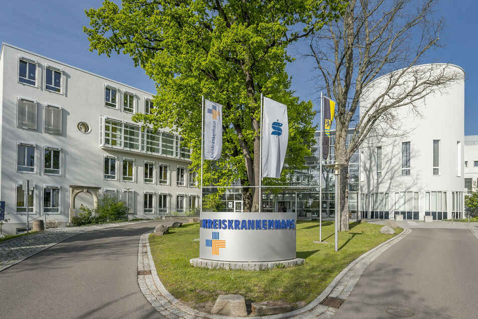 The Freiberg County Hospital is another birth option in central Saxony.