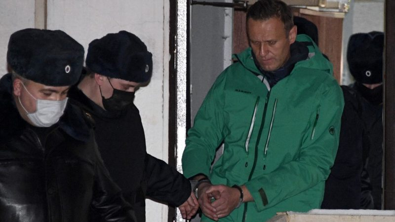 Russia refuses to release Navalny