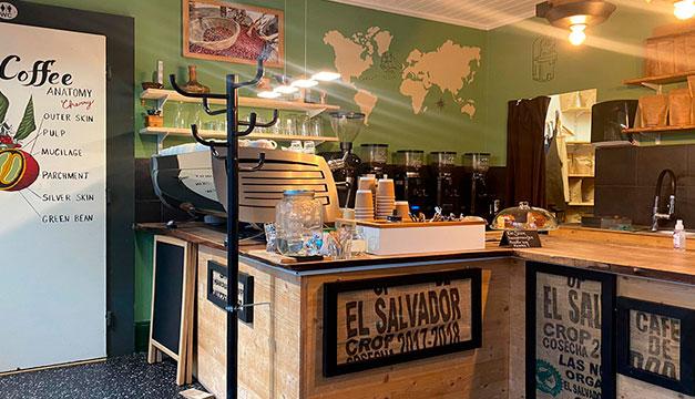 Caffe Tacuba, Ambassador of El Salvador to Switzerland
