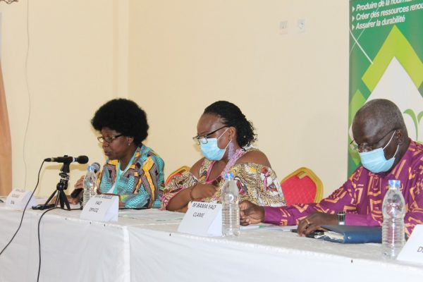 Côte d'Ivoire: Training of prescribers in the use of phytosanitary products