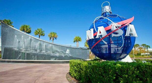 USA, Jim Bridenstein resigned as NASA President