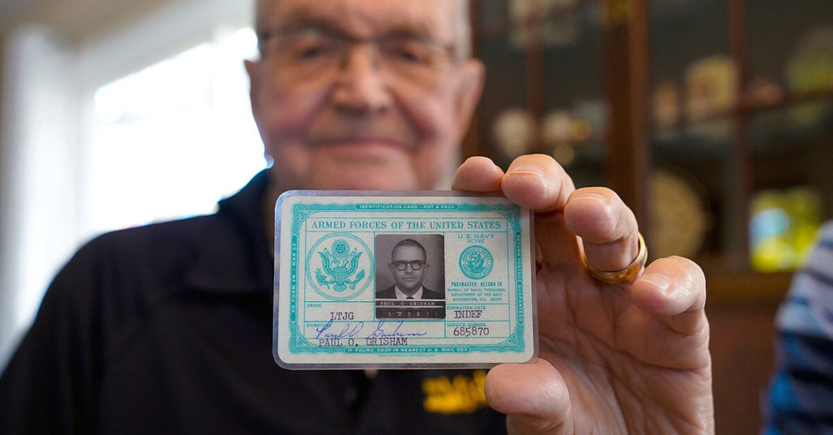 53 years later: The lost wallet is back from Antarctica