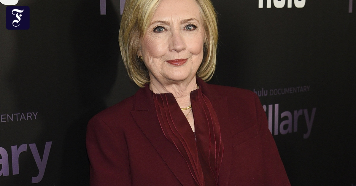 Hillary Clinton writes a political thriller about a Secretary of State