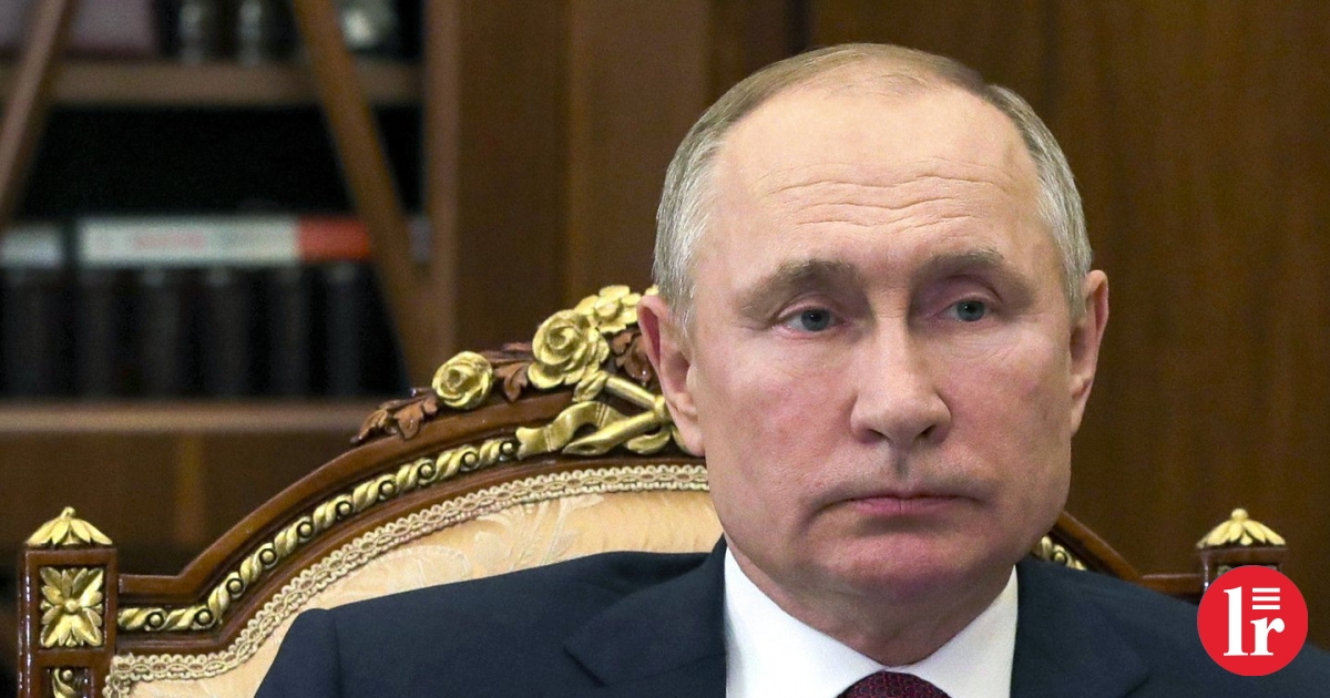 Putin signed a pile of laws targeting protesters
