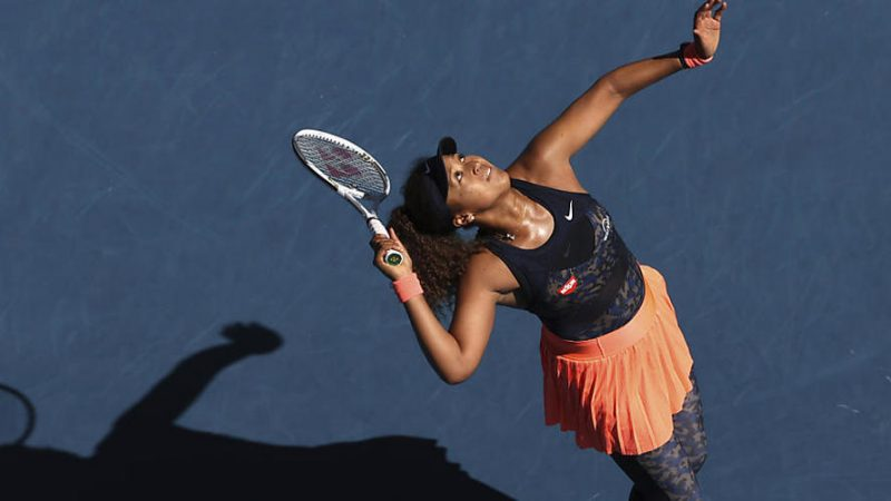 Serena Williams and Osaka communicate