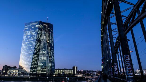 The Finnish bank ignores the ECB recommendation on dividend payments