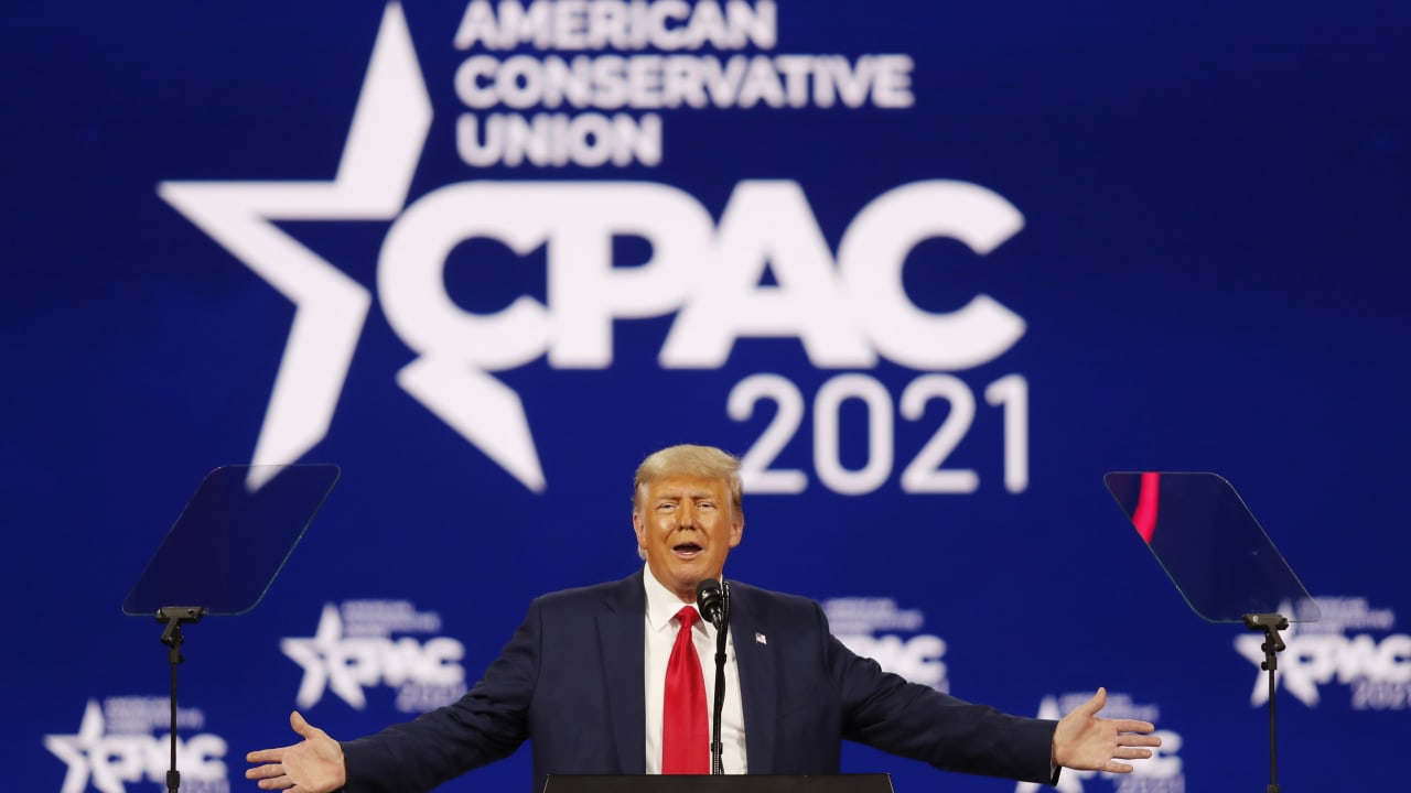 """Trump debut: """"Maybe I'll beat the Democrats for the third time"""" – Politics Abroad"""