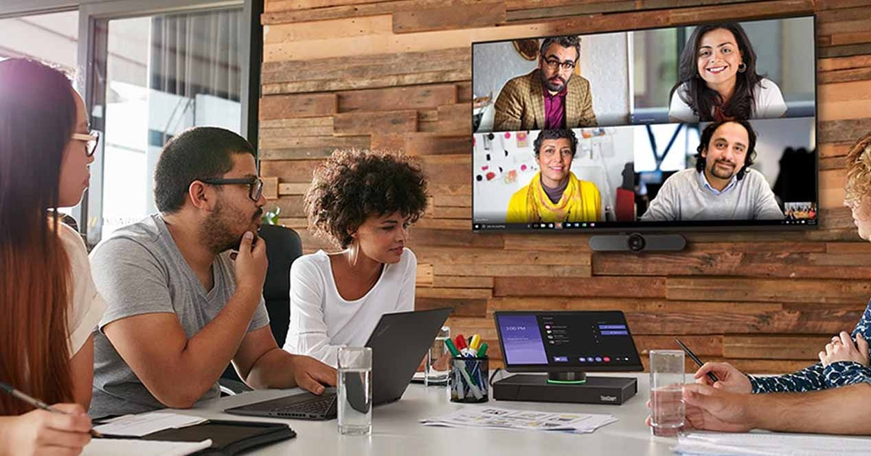 Lenovo ThinkSmart Hub and ThinkSmart View – Collaborative work
