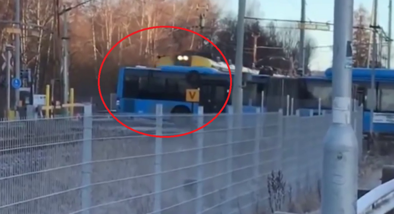 He paused, filming a train collision with a bus, watching what happened to him and making him crazy