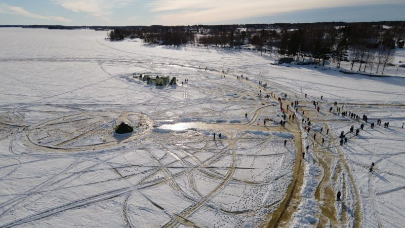 """In Finland they build the largest """"snow carousel"""" in the world"""