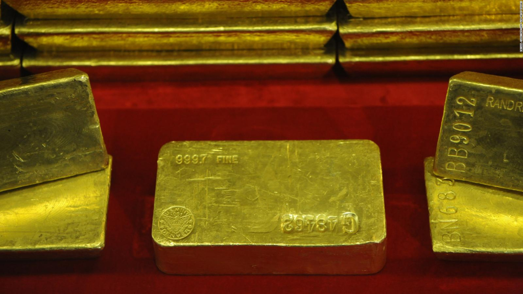 A precious cargo of gold was forgotten on a train