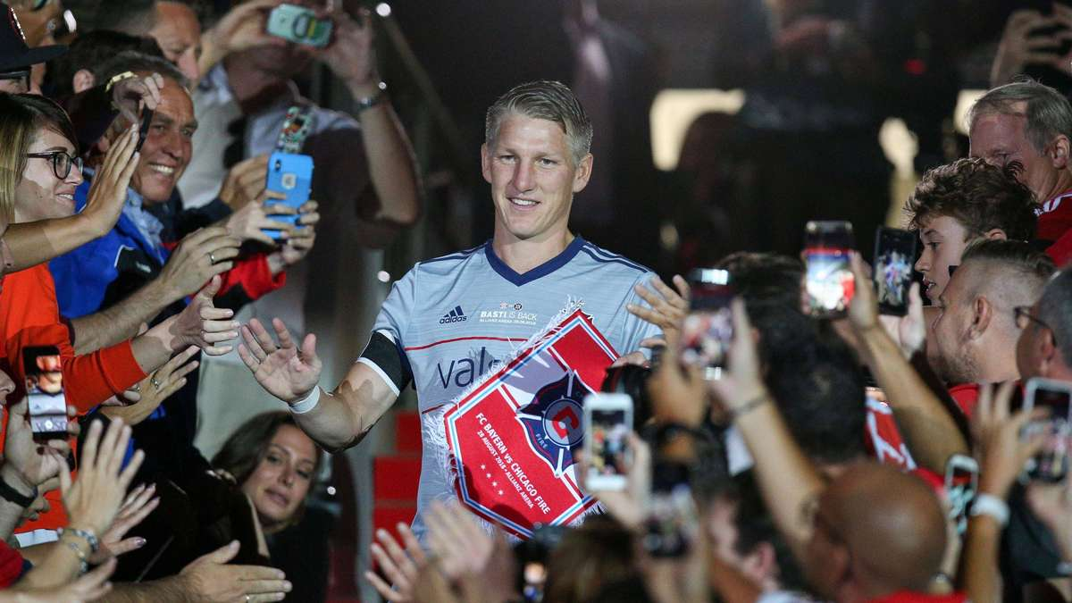 "Bastian Schweinsteiger (ex-Bayern Munich): The expert comes with a tough verdict – ""not the messiah everyone was hoping for"""