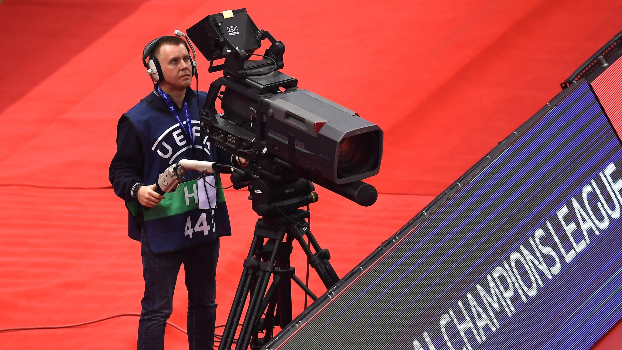 TV & Live Broadcast: Where is the UEFA Champions League Futsal Going?  |  Futsal Champions League