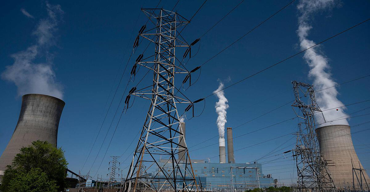 The United States wants to cut greenhouse gas emissions in half by 2030