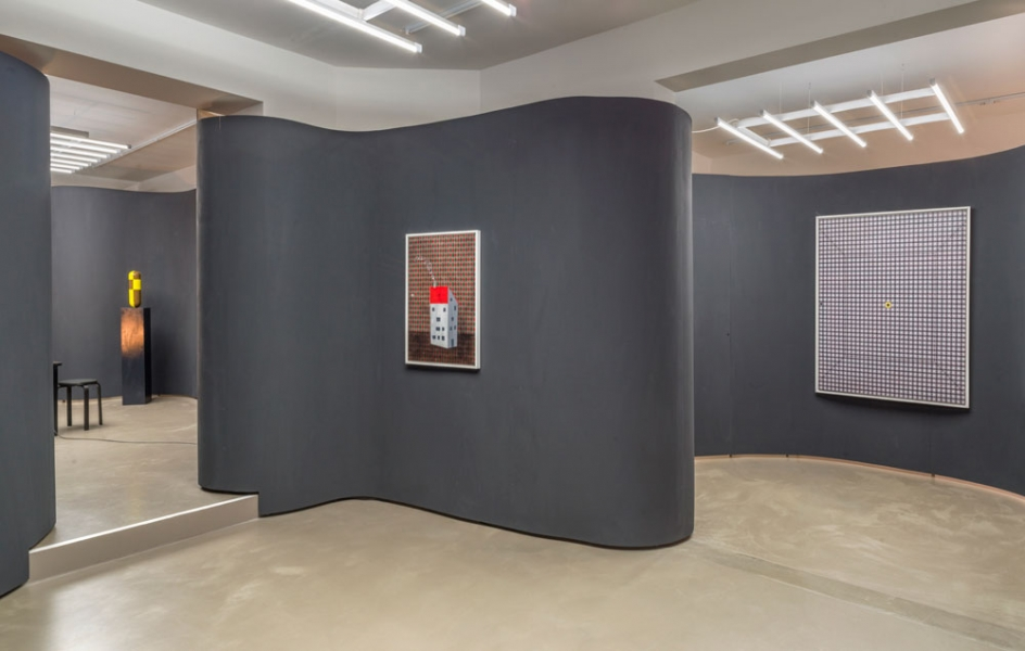 The room served as a point.  Thomas Zeb at the Guido W. Baudach Gallery