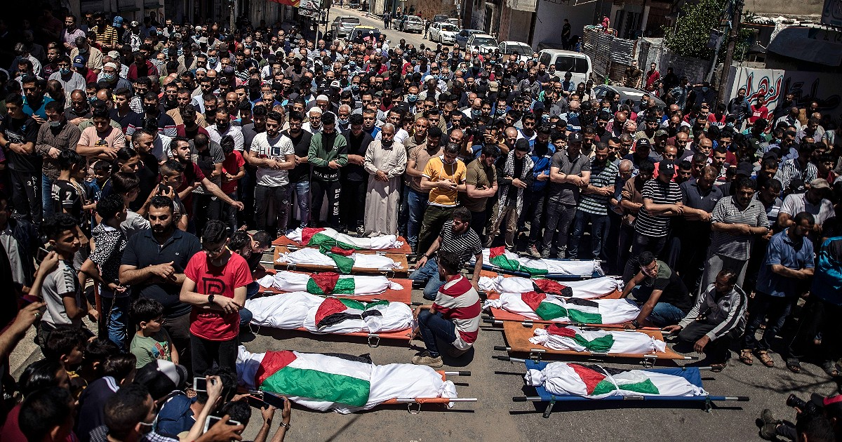"""Gaza, Palestinian rockets at the border crossings: Humanitarian aid is blocked.  The number of victims in the Gaza Strip rose to 227.  Di Maio: """"The European Union sends its special envoy"""""""