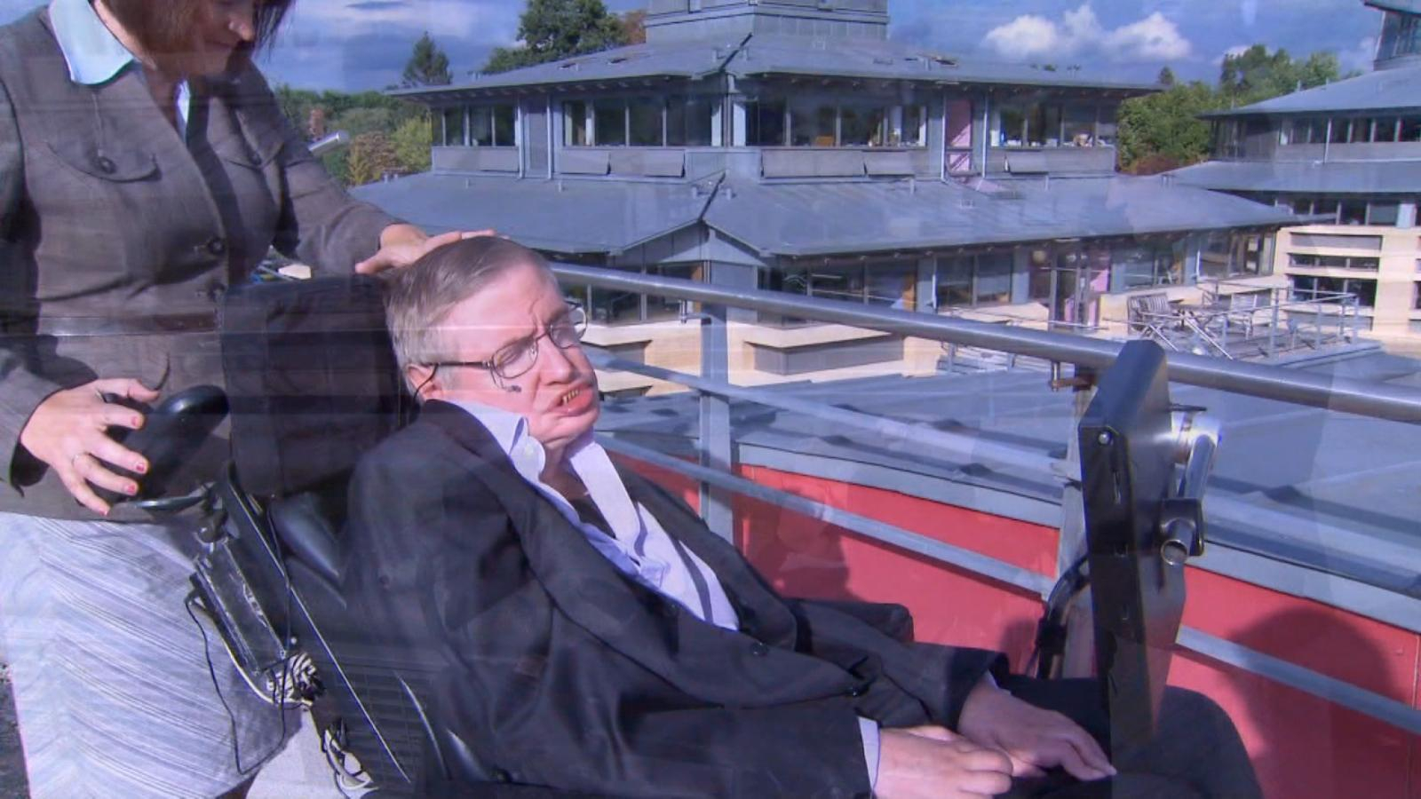 Britain acquires the world office and archive Stephen Hawking |  Video