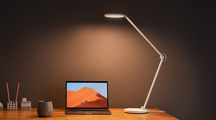 Five Xiaomi products that could not be missing on your desktop.  Xiaomi news addicts