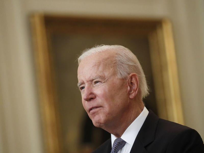 Biden ignores wage concerns in defending economic plans