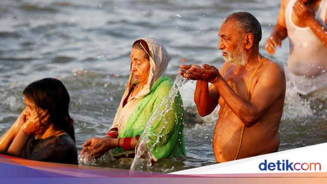 Consider the reasons why India allowed the Kumbh Mela Festival to cause the upsurge in COVID