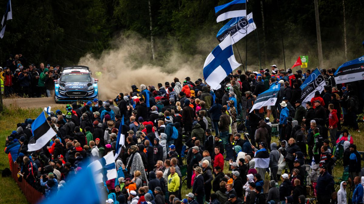 Croatian rallies banned masses and Finland turns into autumn