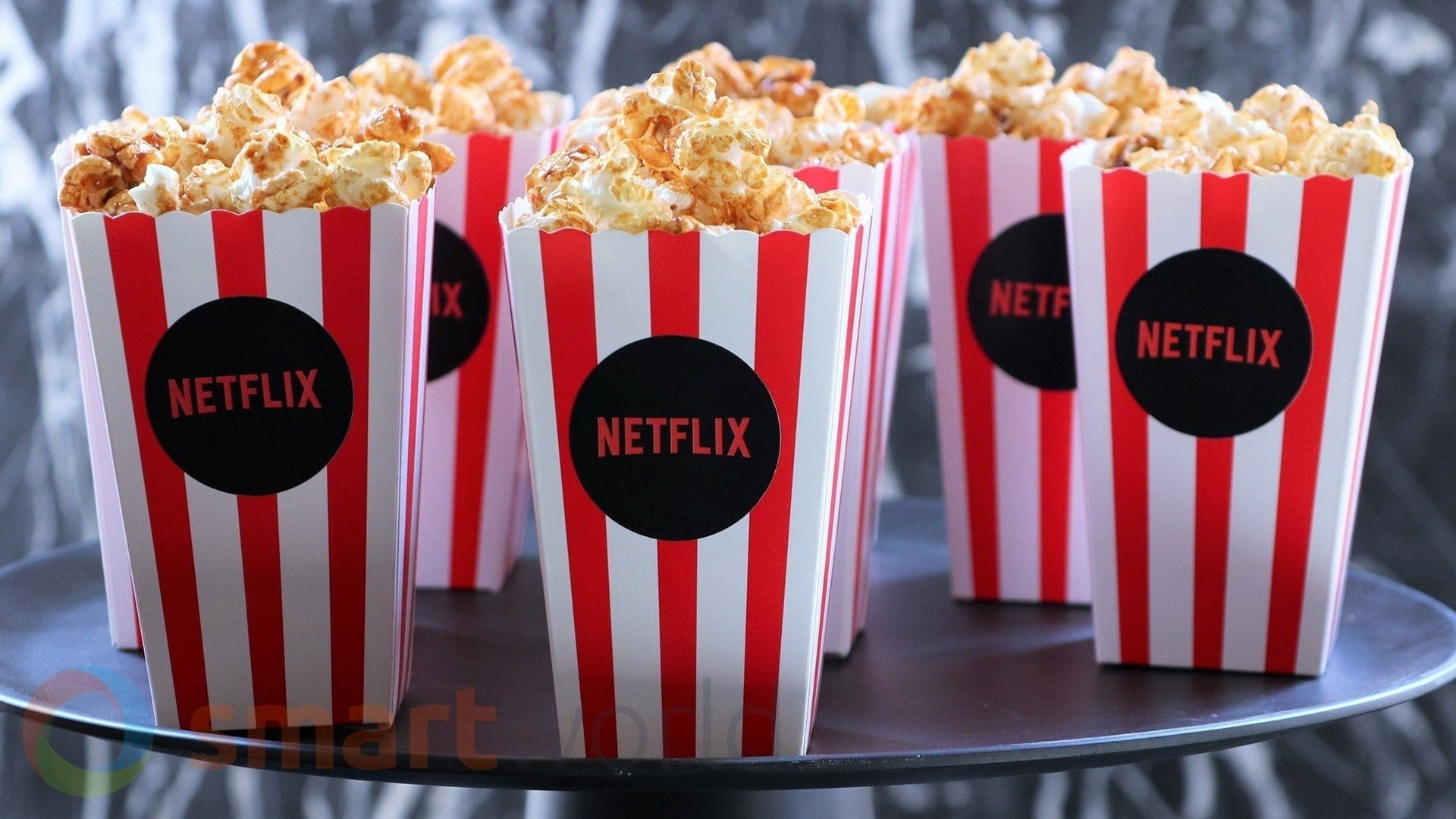 Netflix is considering a new premium service that works behind the scenes and podcasts