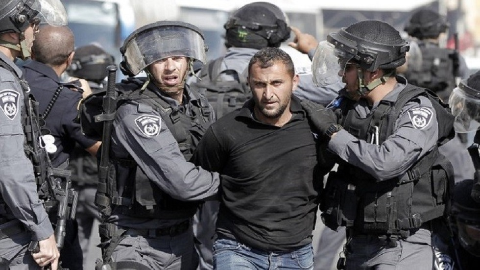 Israel arrests 19 Palestinians from the West Bank, including a Hamas leader