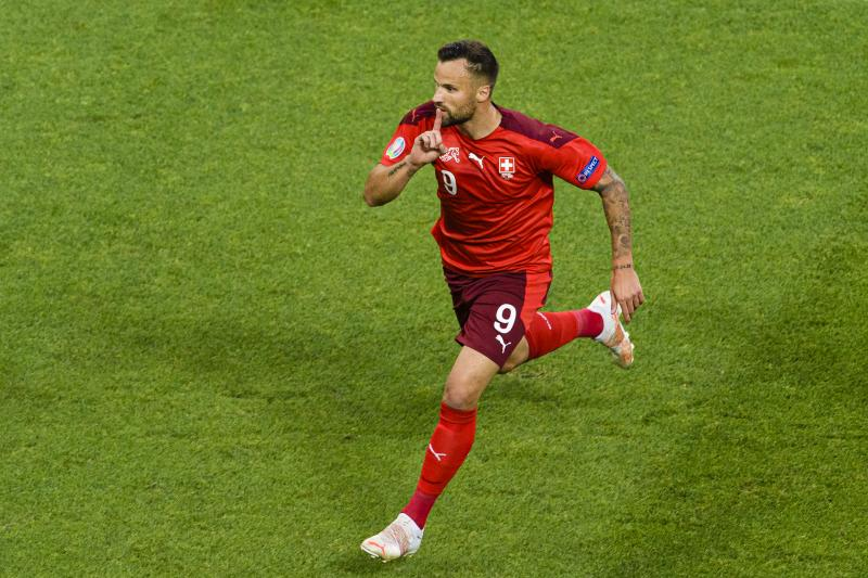 Seferovic's goalkeeper celebrates his goal in the match between Switzerland and Turkey