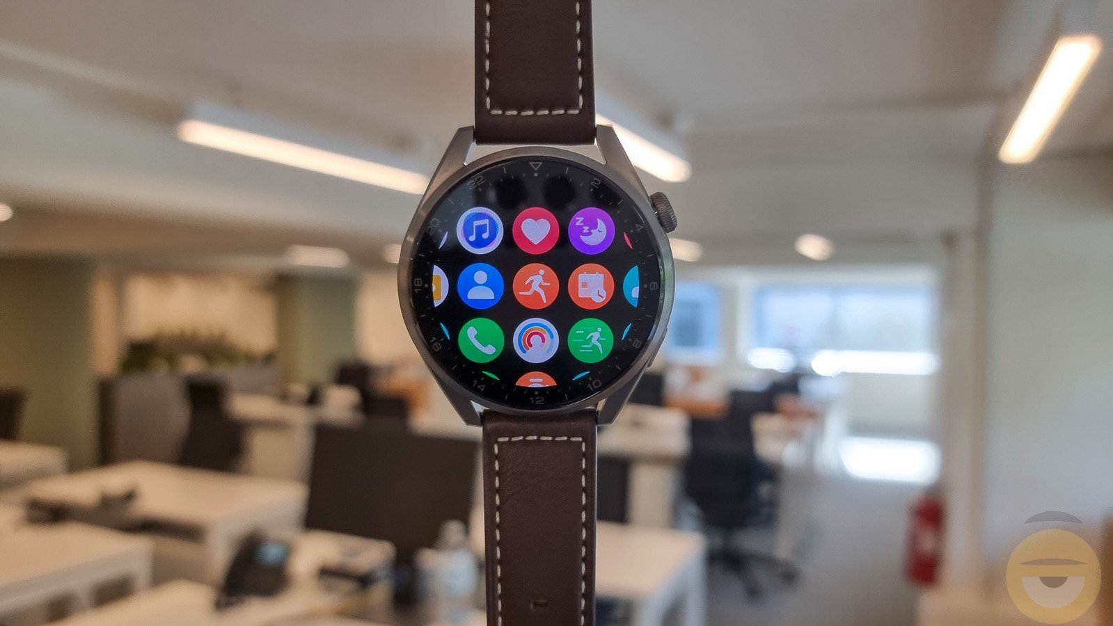 Huawei Watch 3 Pro review – with eSIM and Harmony OS – Review
