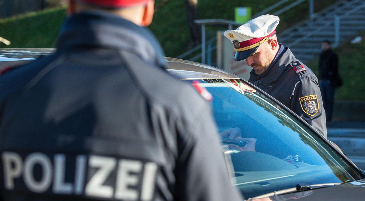 Illegal road runner meeting in Wiener Neustadt