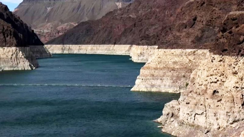 Lake Mead: the largest reservoir in the United States in record low dimensions - extreme (video)