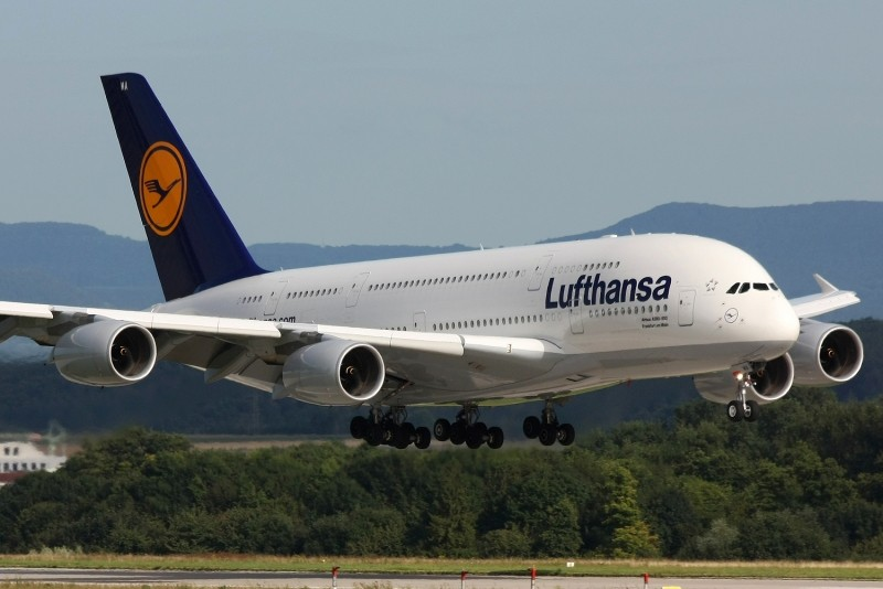 PREMIERE in Lufthansa: Company allows check-in based on digital certificate – news by sources