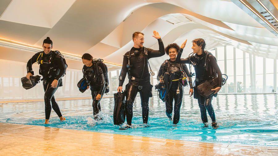 Dubai Crown Prince Sheikh Hamdan bin Mohammed bin Rashid Al Makhdoom invited the tourists.