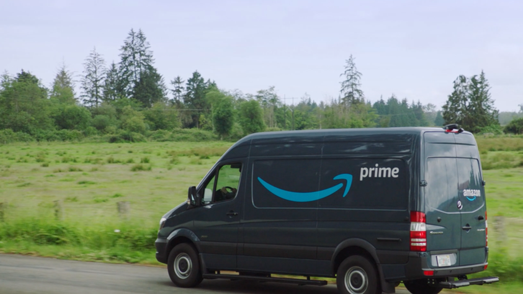 Amazon dystopia: couriers authorized by an application algorithm