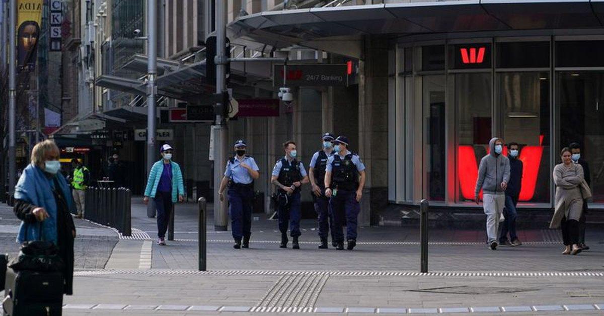 Australia extends Sydney lockdown after close to 900 coronavirus cases