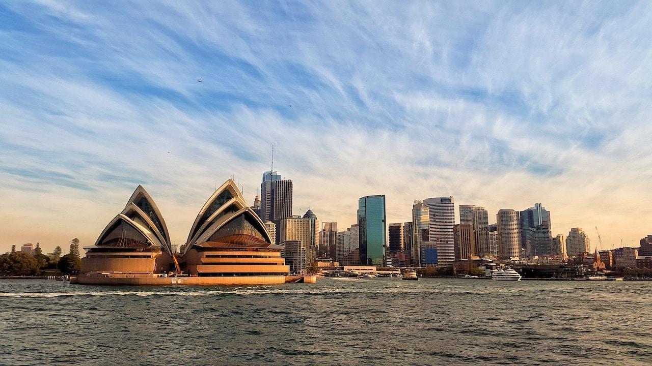 Australia opens vacancies for people who speak Spanish – Noticieros Televisa