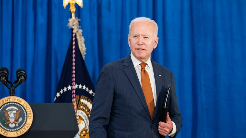 Biden is betting everything on Bif, the New Deal for Infrastructures.  With morning alarm