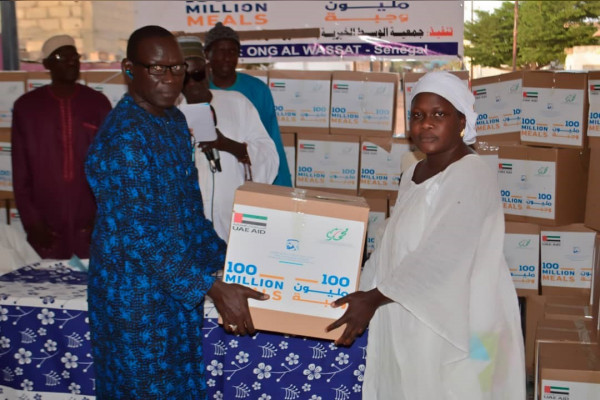 """Emirates News Agency – Distributing more than 750,000 meals in Tanzania, Kenya and Senegal as part of the """"100 Million Meals"""" campaign"""