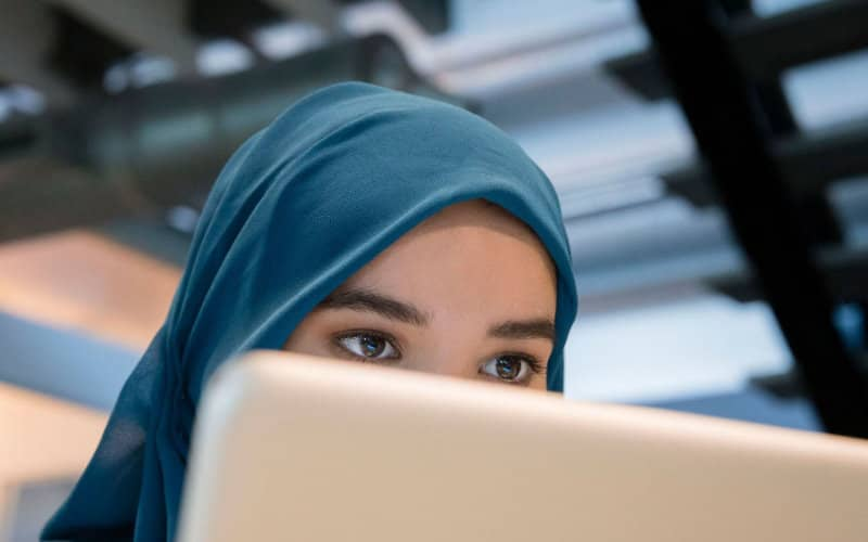 Hijab ban at work: European justice decides